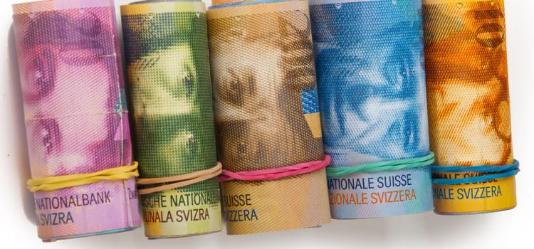 Czy to koniec  klauzul waloryzujących kredyty w złotych polskich  do franków szwajcarskich?  Co dalej? Pozew zbiorowy czy indywidualny?